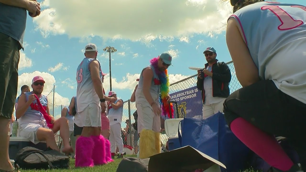 WCCO Viewers  Choice For Best Softball League In Minnesota - YouTube 284df4ccf2b8