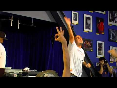 People Under the Stairs - Acid Raindrops (Live at Amoeba)