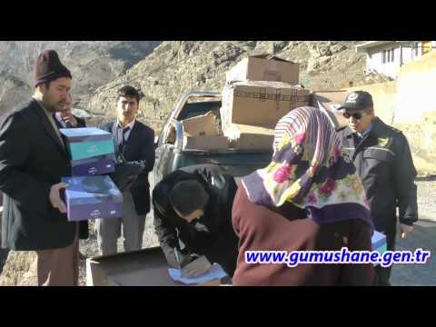 Gümüşhane'de Mültecilere Kışlık Bot Dağıtılıyor