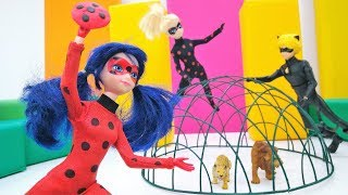 Download Barbie Dolls, Marinette and Adrien in a Circus. Ladybug and Cat Noir Mp3 and Videos