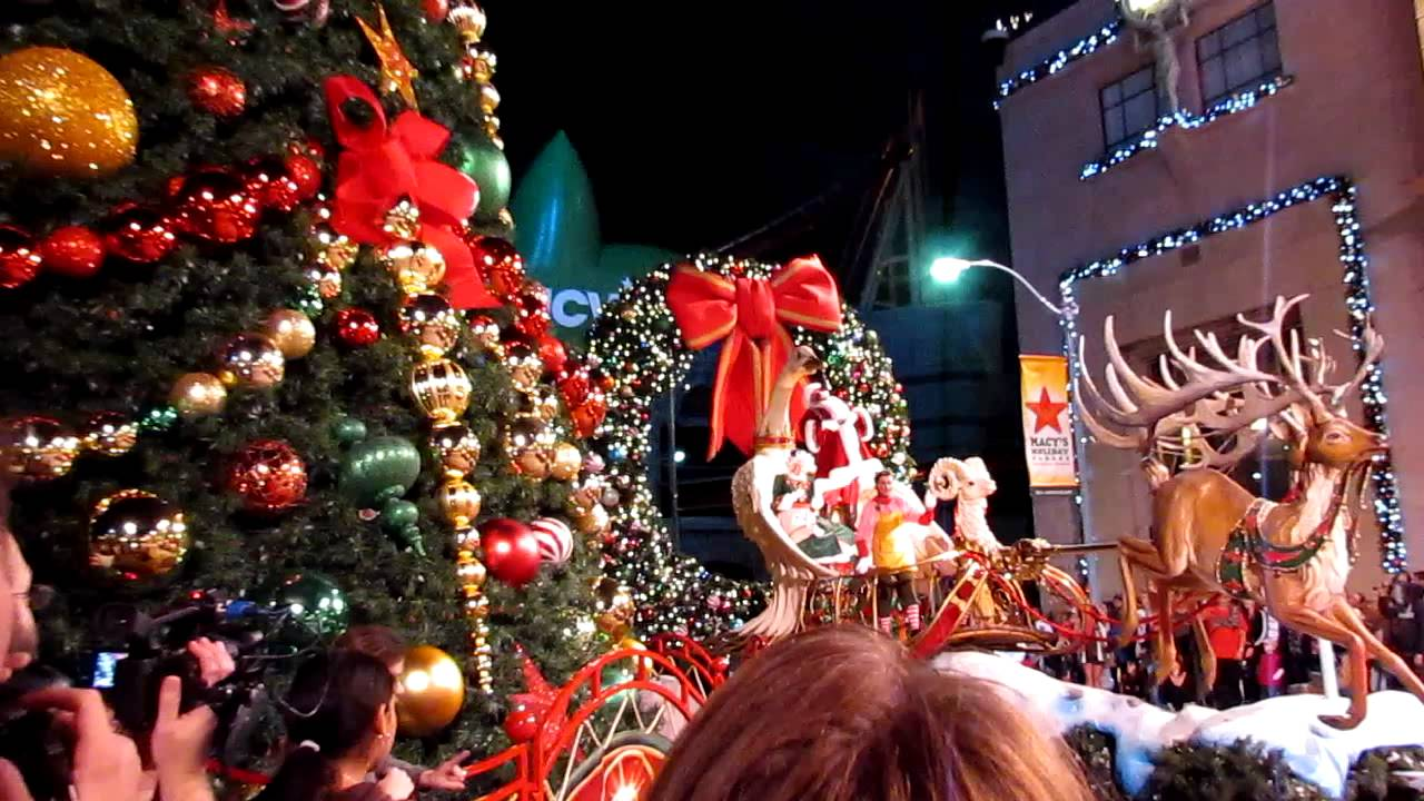 Christmas At Universal Studios Orlando.Santa Claus Lights The Christmas Tree At Universal Studios Orlando