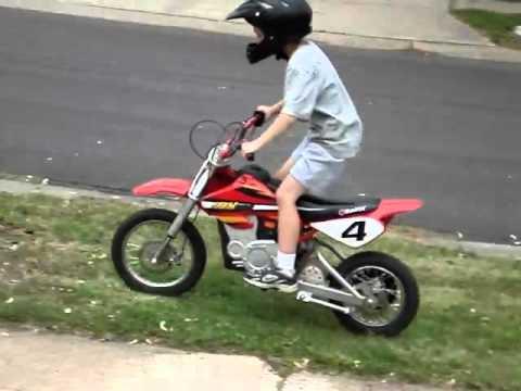 Zack Landon Riding And Jumping The Razor Mx500 Electric Dirt Bike