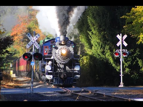 Steamin' Through the Fall Foliage 2016 Edition (Feat. Reading & Northern 425)