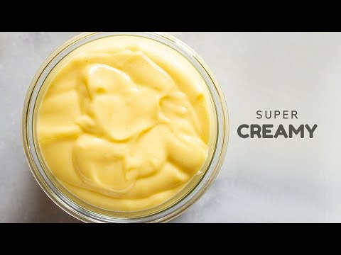 how-to-make-creamy-hollandaise-sauce-at-home
