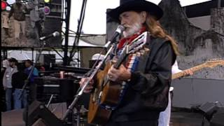 Willie Nelson - Still is Still Moving to Me (Live at Farm Aid 1993)