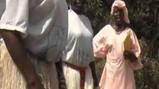 Repeat youtube video Mutilazioni Genitali Femminili
