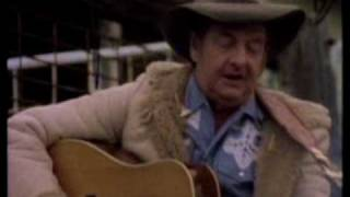 Watch Slim Dusty Old Time Country Halls video