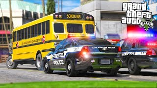School Bus Driver RUNS from Police with Kids Onboard!! (GTA 5 Mods - Evade Gameplay)
