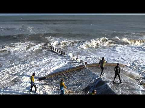 Aberdeen Surf Rescue at Aberdeen Beach in heavy waves & swell (Feb 14) HD