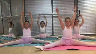 Открит урок по класически балет за деца. Школа на Влада Парфенова