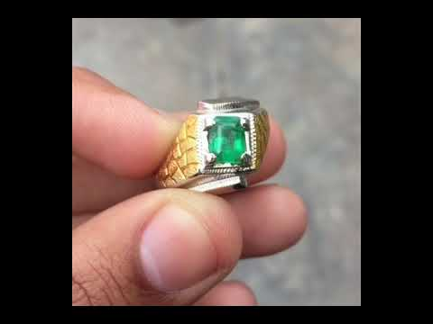 Beautiful Afghanistan Emerald ring - Vivid green almost clean - Emerald stone ring - Valentine gift