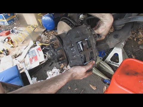 Front Brake Job - Front Brakes Replacement How To - 4x4 Toyota 4Runner, Pickup