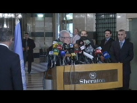 Brahimi pushes for international action on Syria