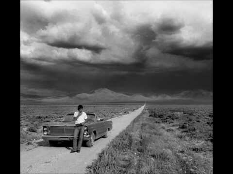 Bruce Springsteen- Racing In The Street ('78) W/ Lyrics