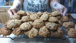 Sourdough oatmeal raisin cookies, yum