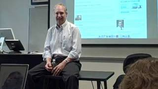 Steve Riley of the News and Observer talks to Elon University students about his career