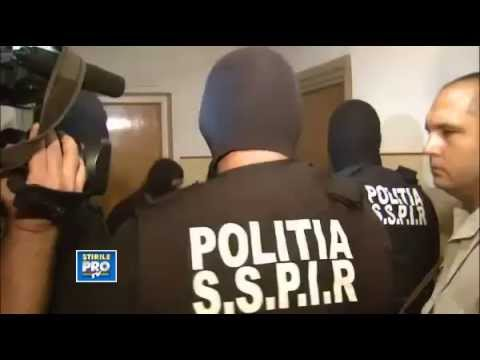 Serbian Police fails to break down the strongest door ever