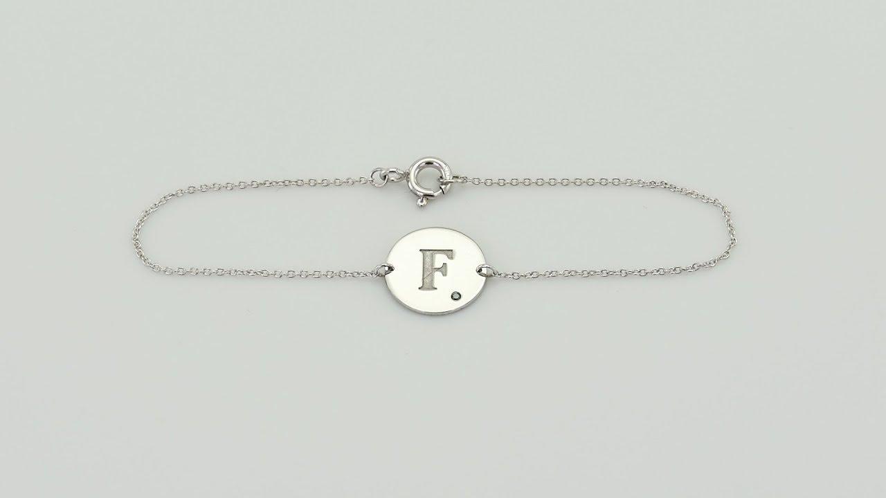 8982d52ba Zlatý náramok s modrým diamantom a gravírom písmena Isfia | Eppi.sk