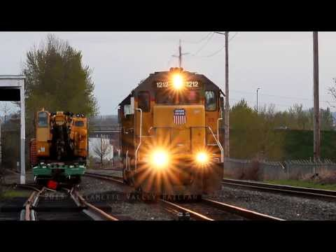 Salem Switcher meets Amtrak Cascades #507 at Labish Siding  Salem, Oregon