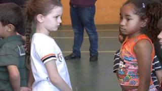 ENCONTRO CRIANCAS SURDAS (RIT TV 08/10/2010)