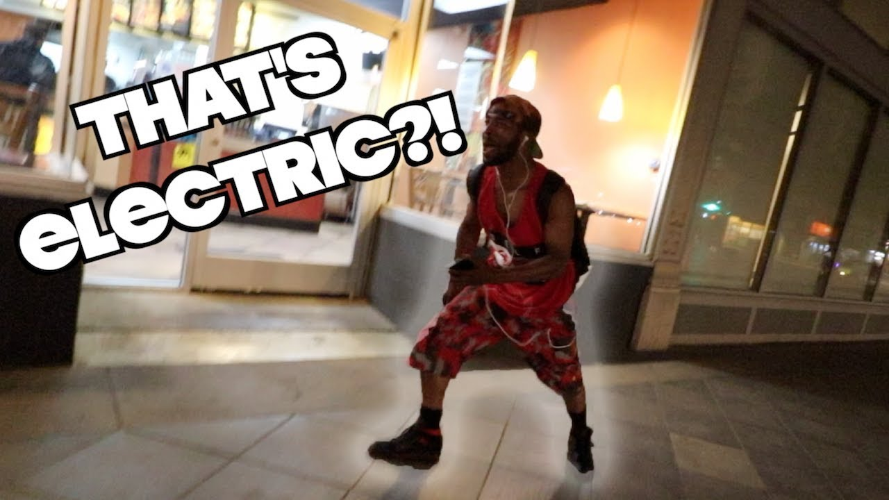 man-goes-crazy-over-electric-skateboard-downtown-denver