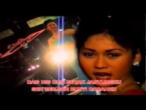 Inul Daratista - Kopi Dangdut [Official Music Video]