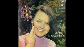 Carike Keuzenkamp - Die oukraal-liedjie