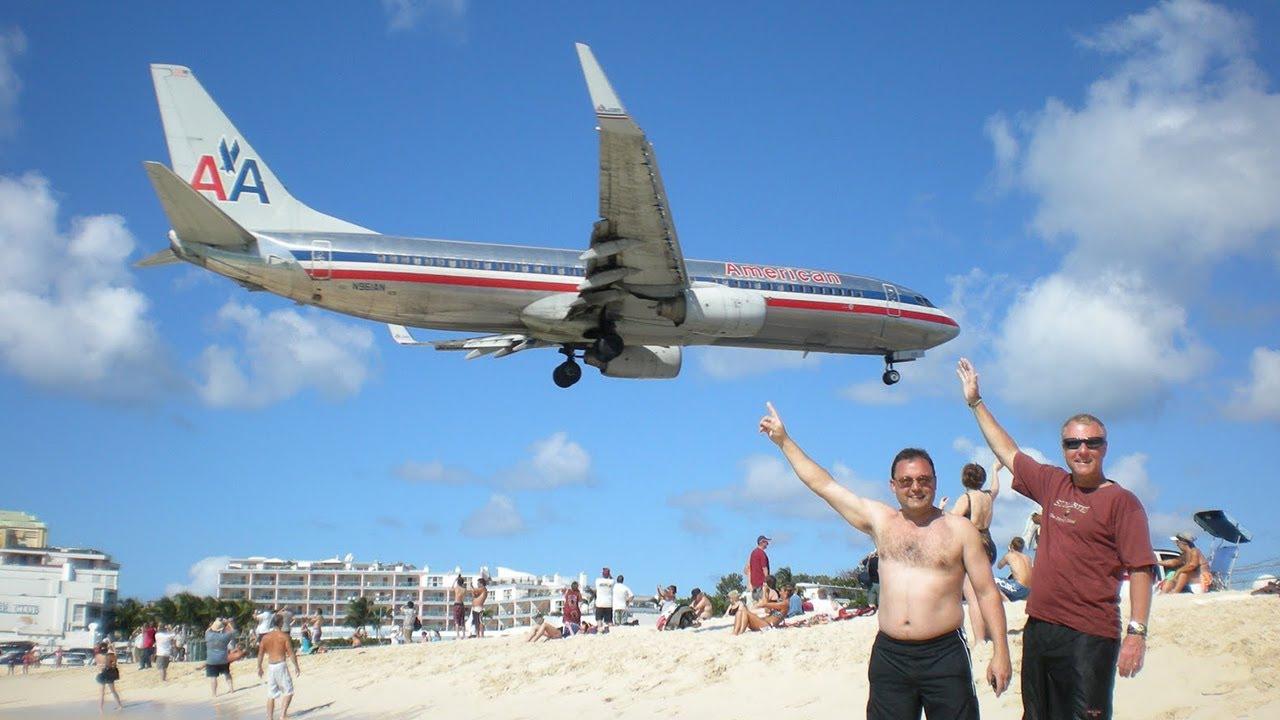 Airport Runway On The Beach At Princess Juliana International St Maarten