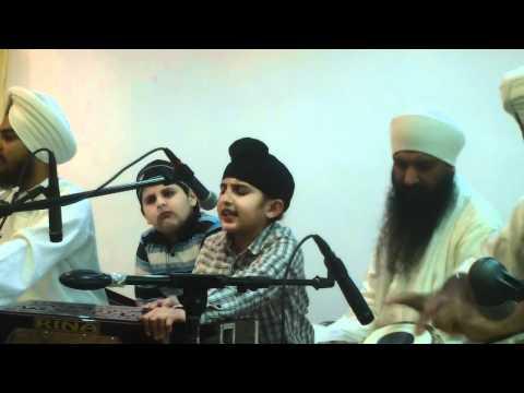 Bhai HarNoor Singh Jee - Gurudwara Hicksville NY 04 Jan 2011