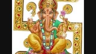 Shri Vidyabhushana Swamiji -Pavamana Kannada Bajan