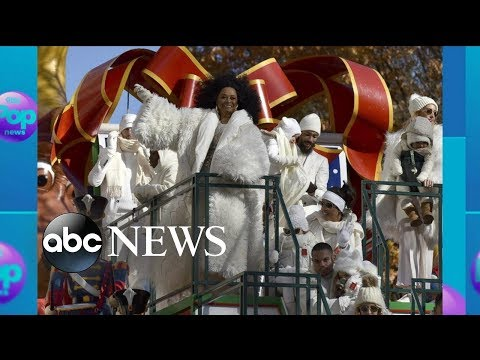 Donnie McClurkin - WATCH! Tracee Ellis Ross tries to get her mom's attention at Parade