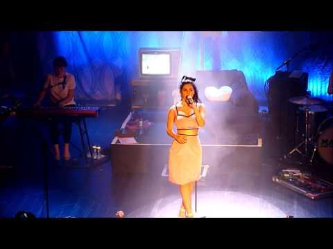 Marina and the Diamonds - Valley of the Dolls - Live @ Tivoli, Utrecht - 22/11/2012