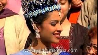 Priyanka Chopra, Miss World crown on head, India's National Anthem, Bareilly crowds await
