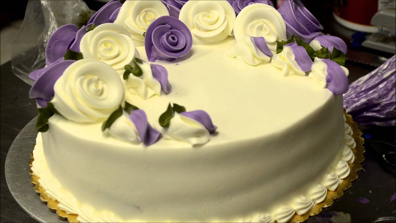 How to make birthday cake with eatable flowers in less then 5