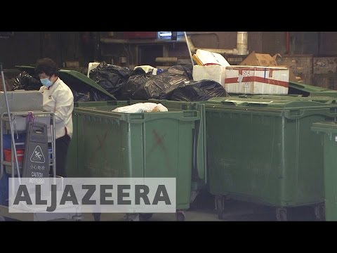 Hong Kong tackles rubbish crisis