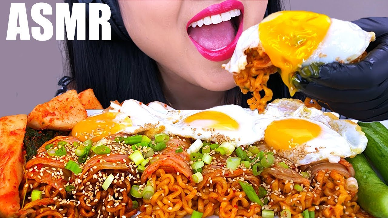 Download ASMR POPULAR FIRE NOODLES WRAPPED IN KIMCHI *MESSY EATING* | ASMR Phan