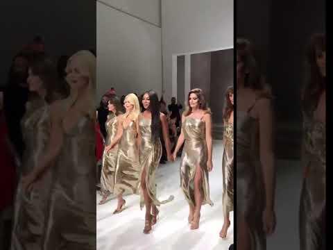 In 15 Seconds, Donatella Versace dominated  Milan Fashion Week