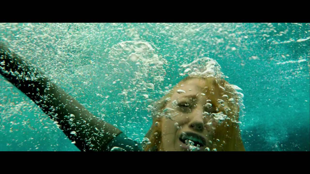 The Shallows - First Shark Attack - YouTube