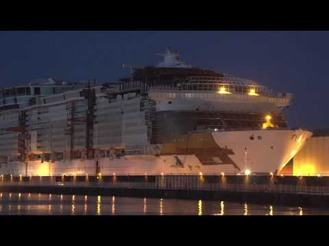 Chantiers navals de Saint-Nazaire : Le Symphony of the Seas rejoint le bassin d'armement