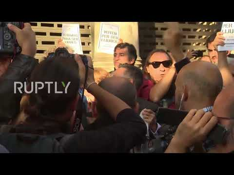 Spain: Anger rises after Civil Guard arrest Catalan government officials in Barcelona
