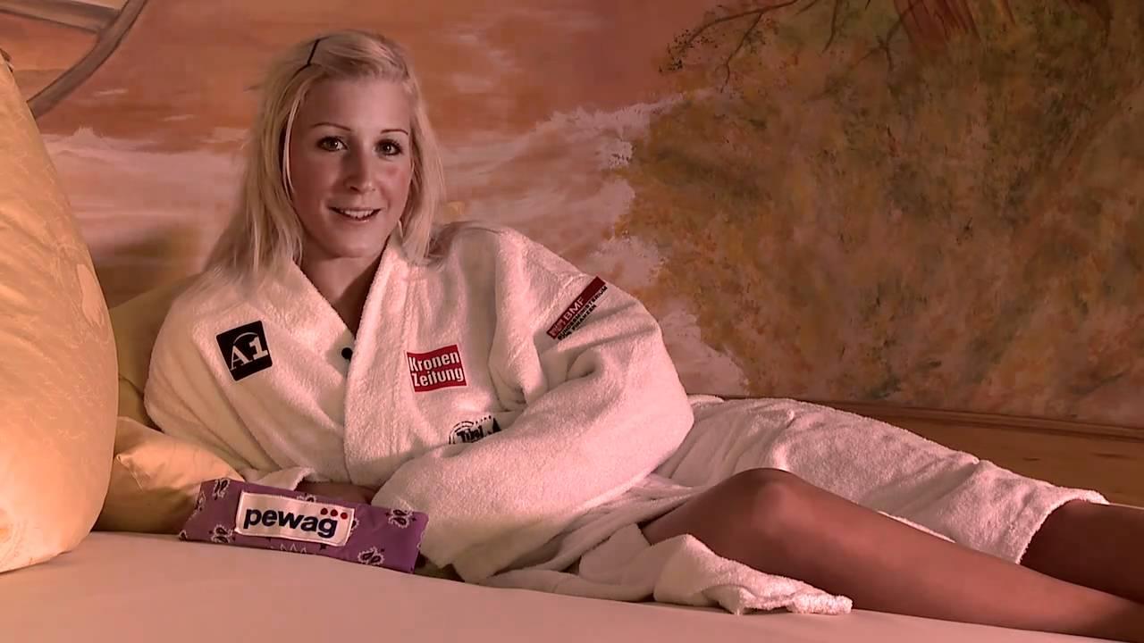 Alpiner Skiweltcup: Eva-Maria Brem ganz relaxed - YouTube