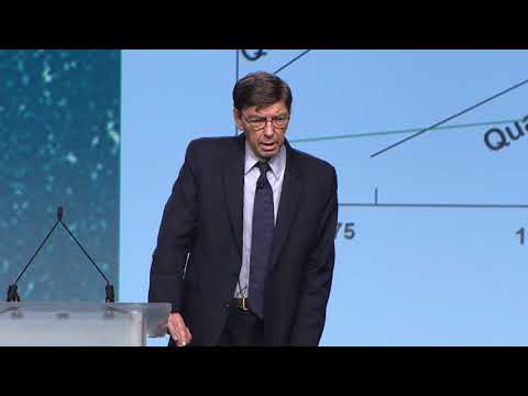 #eie17:-general-session---competing-again-luck-with-professor-clayton-christensen