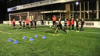 Loop-Coördinatietechniek training 1 - E1 + E2 Sv Broekland (voetbal)