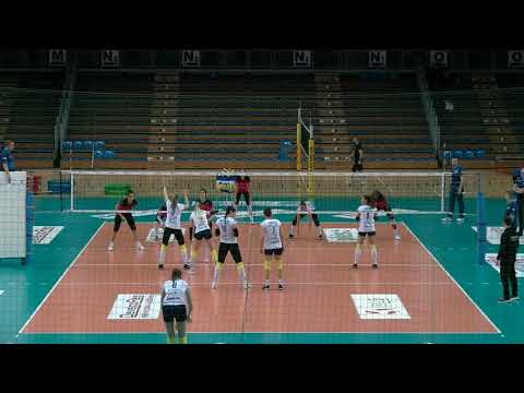 Barbara Zakościelna OUTSIDE HITTER season 2018-2019 nr 4 white shirt