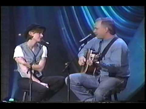 Martina McBride - 05  Martina Talks & Sings With Garth Brooks (Part 1) - Full Speed Ahead