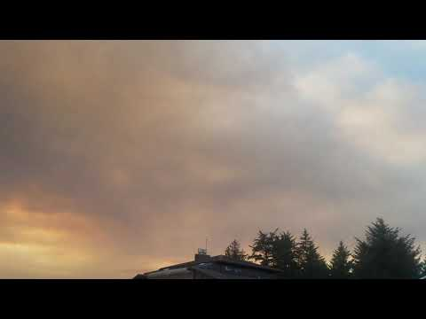 Current Smoke Column Over Crescent City CA from the Chetco Bar Fire 8/19/2017