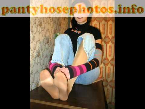You tube loris feet in pantyhose