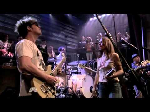 Broken Social Scene feat. Feist - Almost Crimes (Jimmy Fallon)