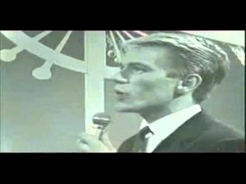 Adam Faith- Lonely Pup In A Christmas Shop(1960)