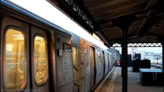 BMT Subway: Double R160 (N) Trains at Astoria Blvd